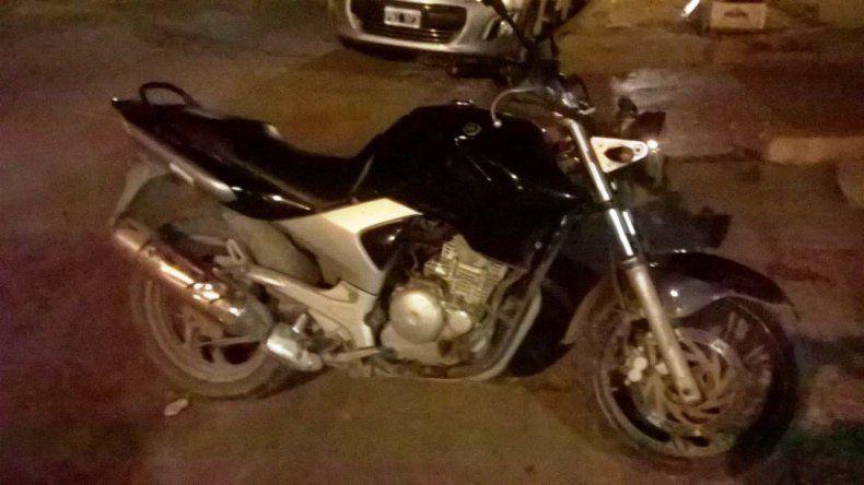 La Yamaha de 250 cc será restituida a su propietario apenas finalicen las actuaciones judiciales.