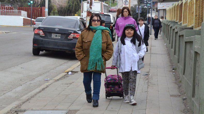 Los paros docentes complican el regreso a clases en seis provincias