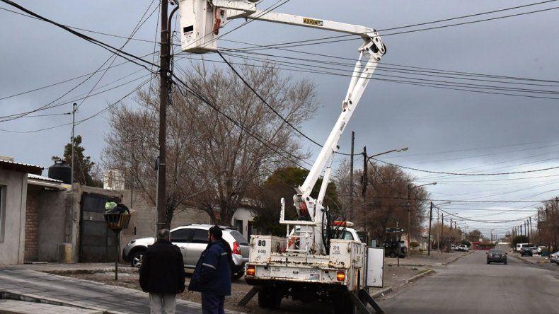 Ahora se multiplican los problemas en redes eléctricas urbanas de Caleta