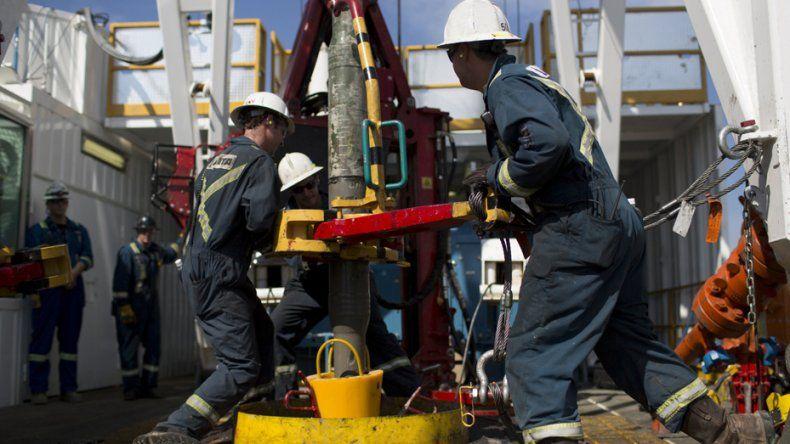 Petroleros: si se tienen que incendiar las provincias, se incendiarán