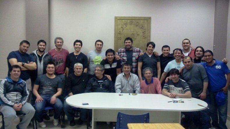Los trabajadores de un equipo de terminación de la empresa VenVer celebraron 15 años sin accidentes.