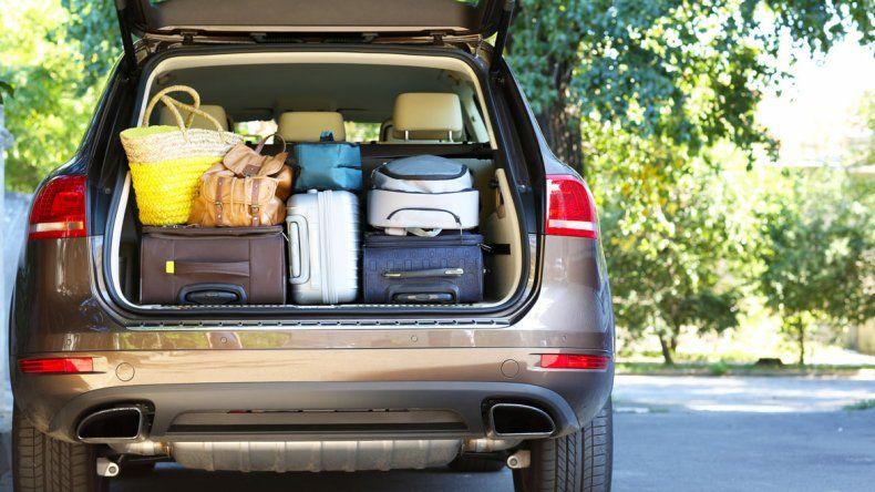 Qué se debe comer antes de emprender un viaje en auto