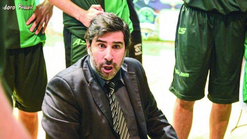 Emocionante homenaje al entrenador de Gimnasia Gonzalo García