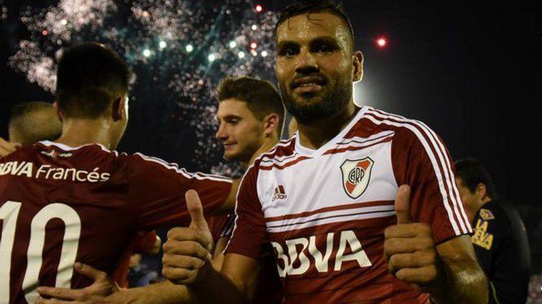 Gabriel Mercado se despidió a lo grande en River con un gol de penal ayer en la provincia de Formosa.