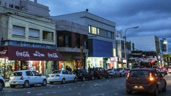 La crisis ya se cobró 500 puestos de empleo en el comercio de Comodoro