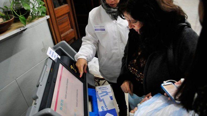 Pudieron cambiar datos: las falencias en el voto electrónico