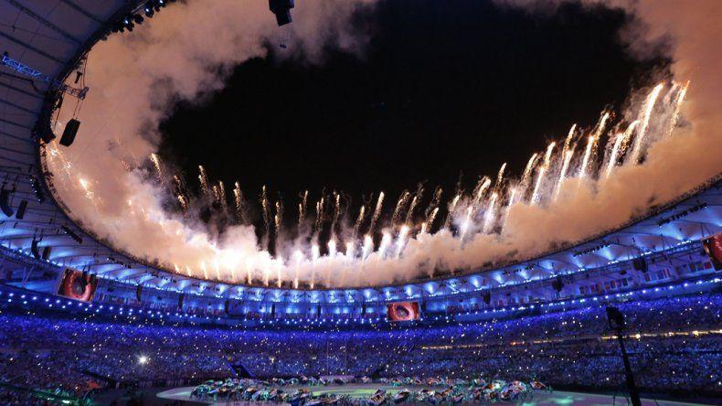 El mítico estadio Maracaná se vistió de fiesta anoche.