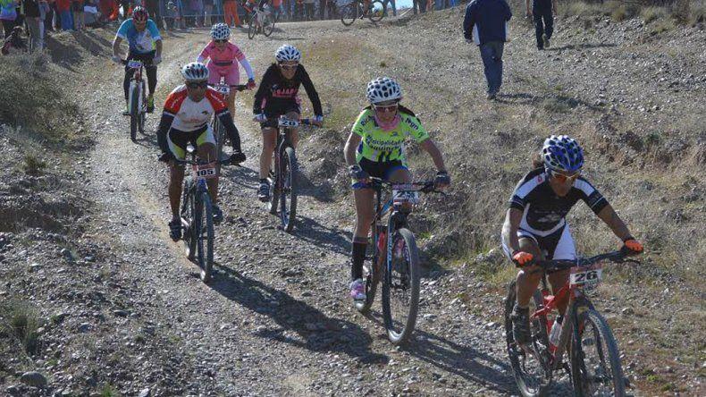 Alan Garitano y Juliana Nuilcafil  triunfaron en el mountain bike