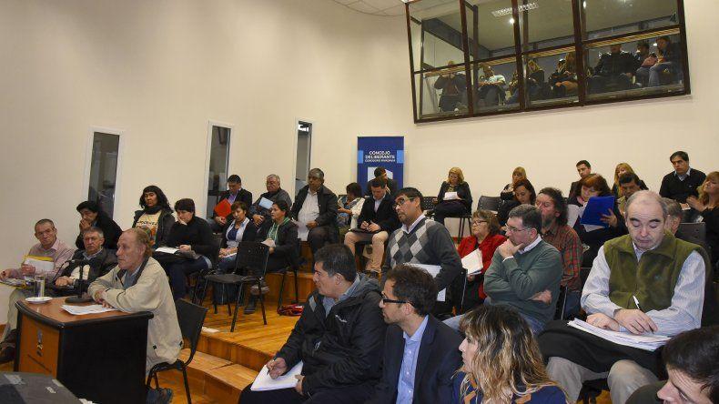 El municipio intenta bajar el monto de los subsidios