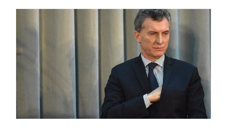 Cayó la imagen positiva del presidente Mauricio Macri y crece la de Cristina Kirchner