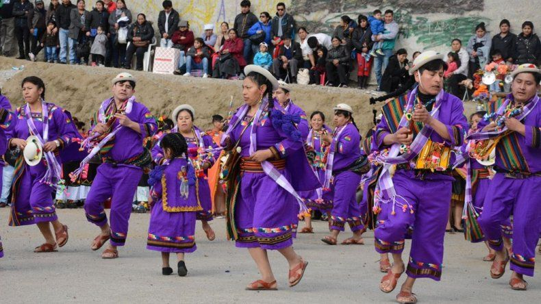 Comunidad boliviana veneró a la virgen de Copacabana y Urkupiña