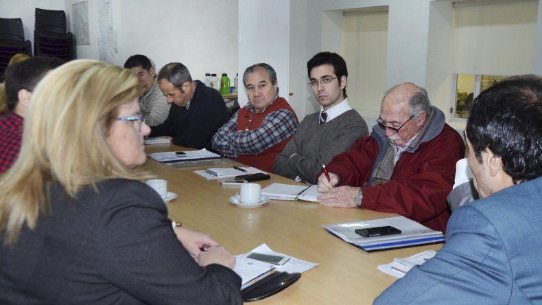 En el Concejo ayer hubo plenario. La SCPL estuvo representada por sus gerentes: Víctor Santana