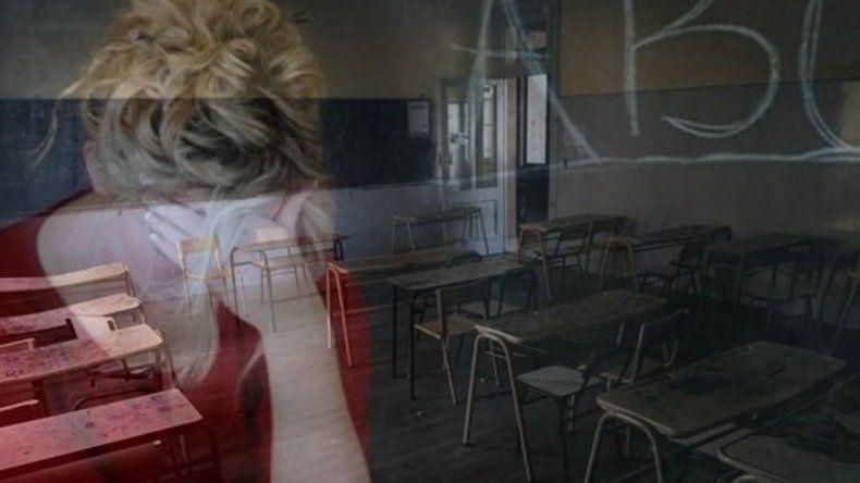 Multarán a padres de alumnos que agredan a docentes