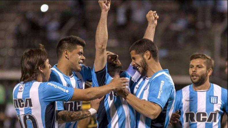 Racing ganó y sigue en la Copa Argentina