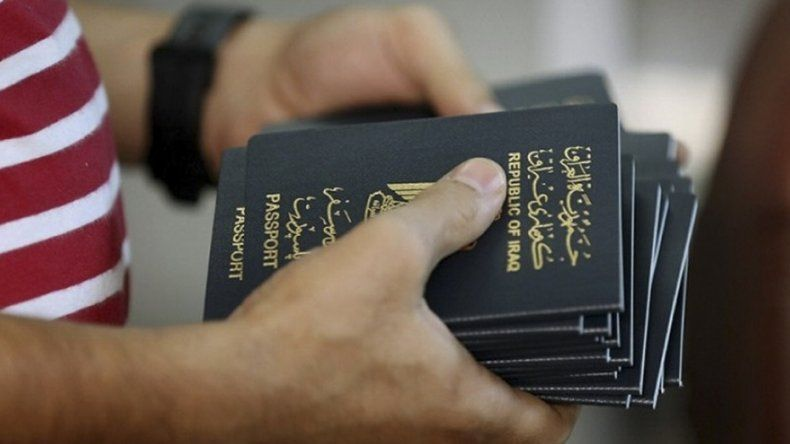 Se casó por poder, pero no le permiten  la entrada al país a su esposo iraquí