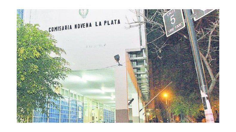 Un remisero denunció que fue secuestrado, drogado y violado en La Plata