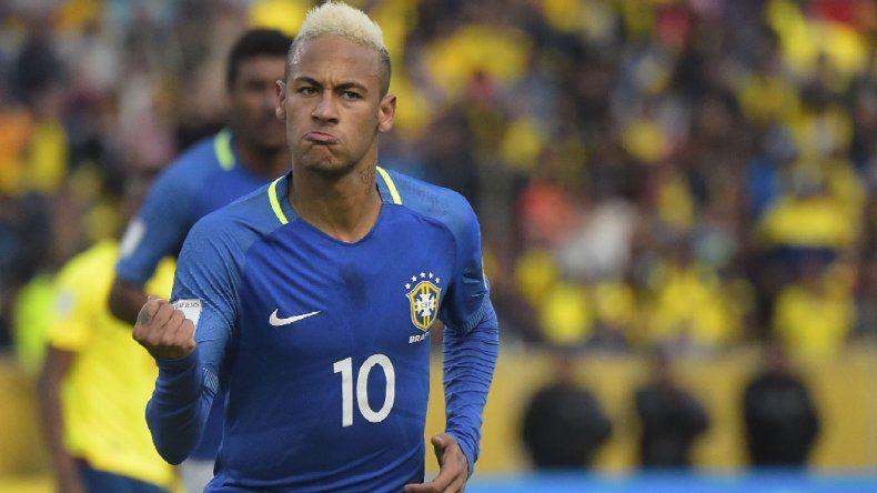 Brasil goleó en la altura  de Quito y sigue prendido