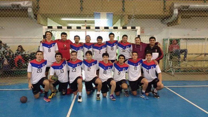 El plantel masculino de Municipal Km 5 que jugará el torneo Nacional de Mayores B.
