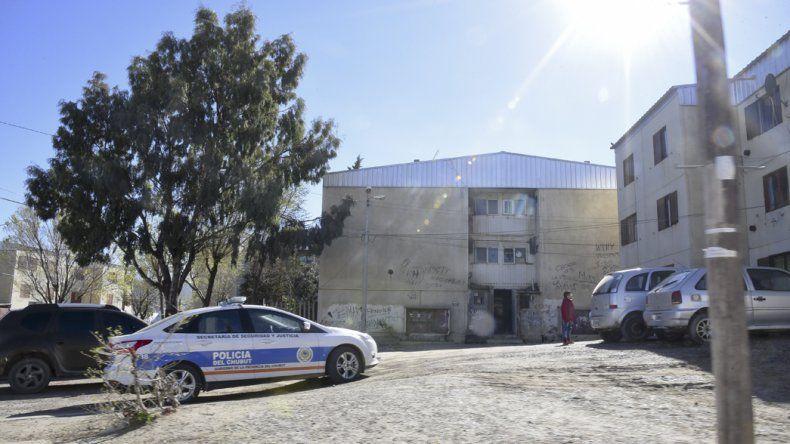 Por segunda vez en seis días la Brigada de Investigaciones allanó el departamento del presunto asaltante de tiendas