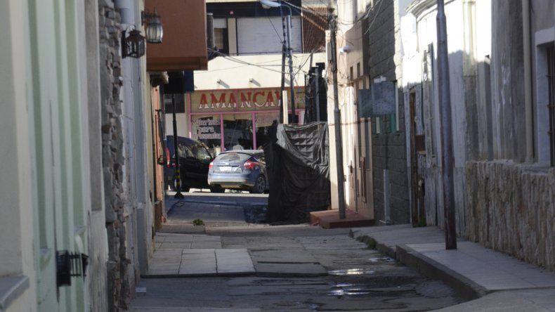En dos meses es el segundo robo con similares características en el Pasaje Cooperativa. La Policía detuvo en ambos casos a los sospechosos.