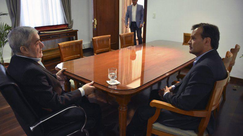 El gobernador recibió en su despacho a Gustavo Mac Karthy