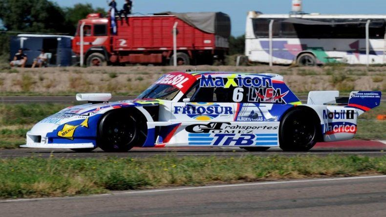 Marcelo Agrelo está listo para salir a la pista en el autódromo de San Luis.