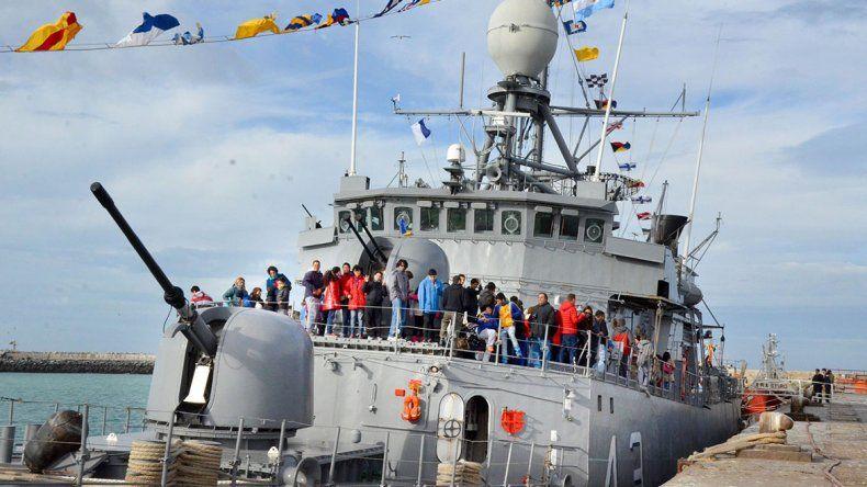 La corbeta Spiro recibió a más de 600 personas por día durante el sábado y ayer en el puerto de Comodoro Rivadavia.