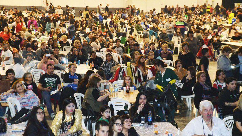 El Predio Ferial recibió a más de 10.000 personas durante las tres jornadas en que se desarrolló la Feria Gastronómica de la Federación de Comunidades Extranjeras.