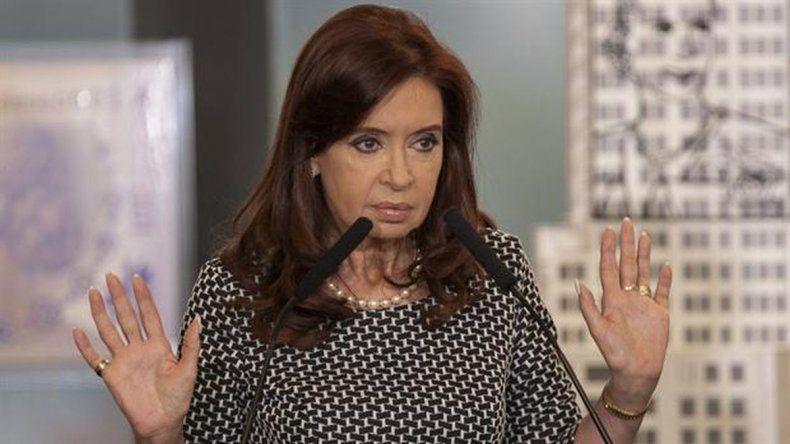 Citan a Cristina Kirchner a indagatoria