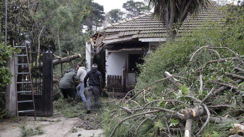 El temporal causó innumerables destrozos en la costa bonaerense.