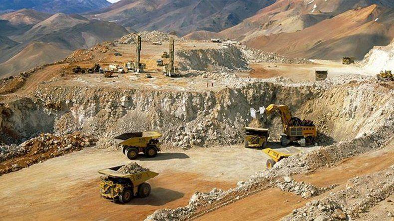 Un nuevo derrame de cianuro complica a la empresa Barrick Gold.