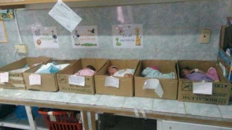 La cara que más duele en Venezuela: bebés en cajas en un hospital