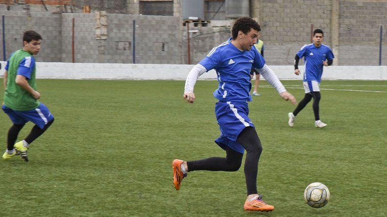 Marcos Rilo se correría al lateral derecho si vuelve Mauro Jofré.