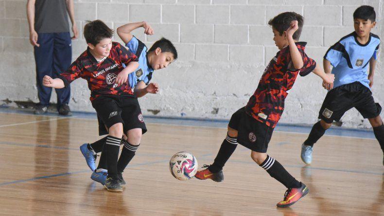 Los chicos vivieron otro domingo a puro gol en la sede de la CAI.