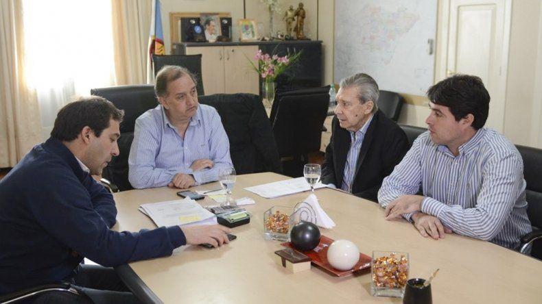 Marcelo Guinle se reunió ayer con el intendente Linares en el despacho de este último.