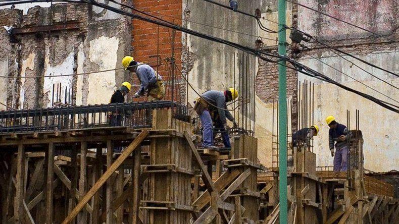 UOCRA confía en que a fin de año reactivarán a todos los desocupados del sector