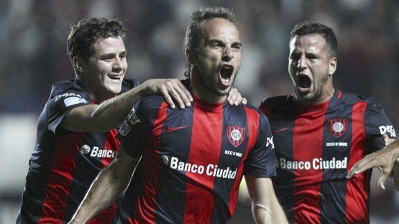 Fernando Beluschi fue uno de los que anotó en el partido de ida para San Lorenzo.
