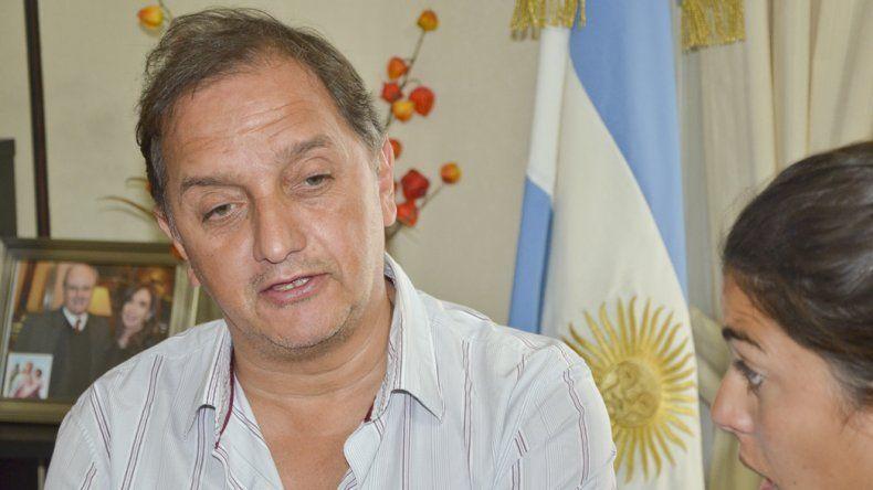 Linares no viaja a la reunión con Macri en Buenos Aires