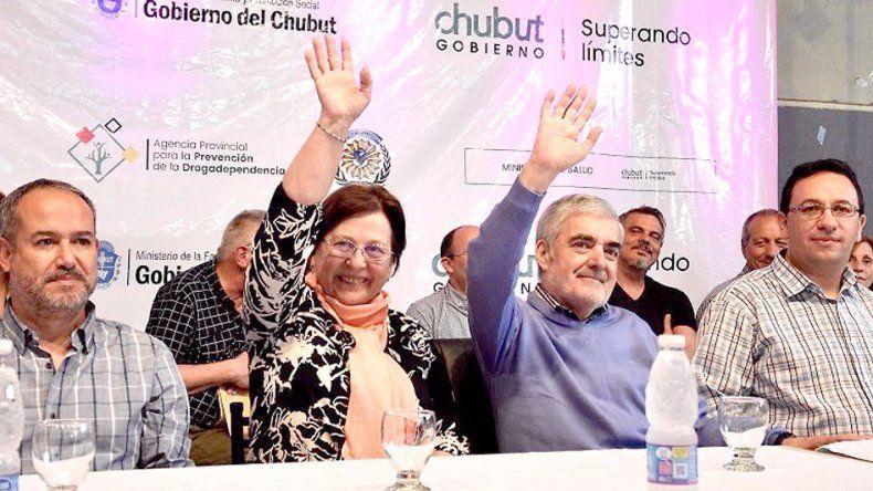 El gobernador Mario Das Neves encabezó ayer el cierre del Primer Congreso Provincial de Madres por la Vida.