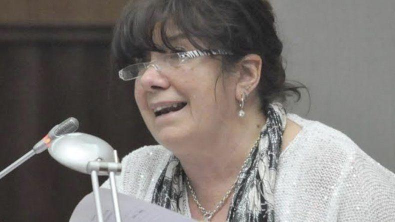 La diputada Dufour insiste en que su condena es un tema político.