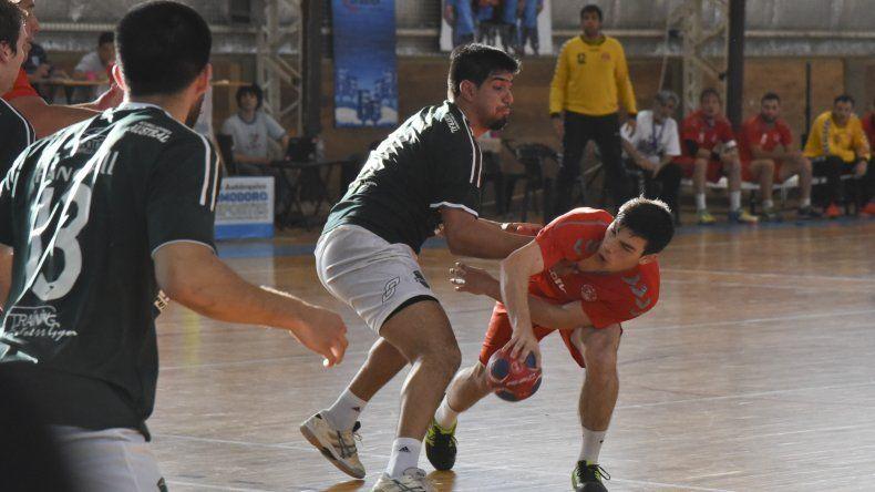 Se disputa en Comodoro el Torneo Nacional de Clubes Adultos A de Hándbol
