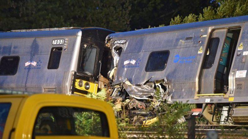 Un tren descarriló en Nueva York: doce vagones fueron despedidos