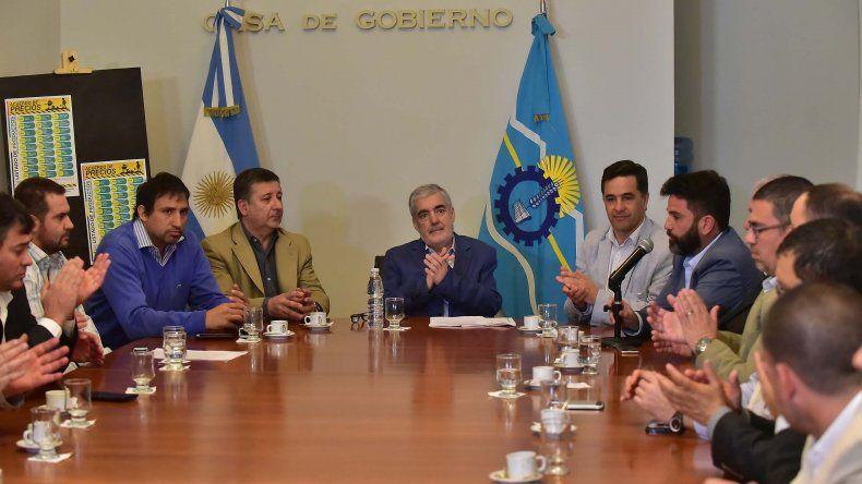 Das Neves firmó convenio de precios  con corralones de la construcción