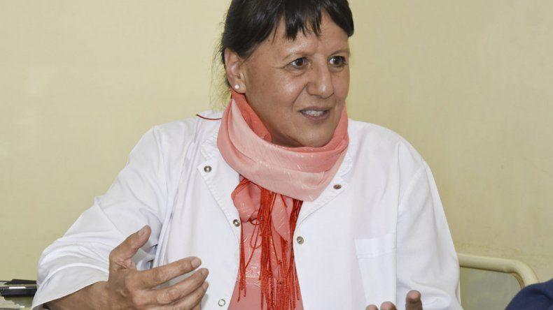 La jefa del Departamento de Farmacia de la Universidad Nacional de la Patagonia San Juan Bosco