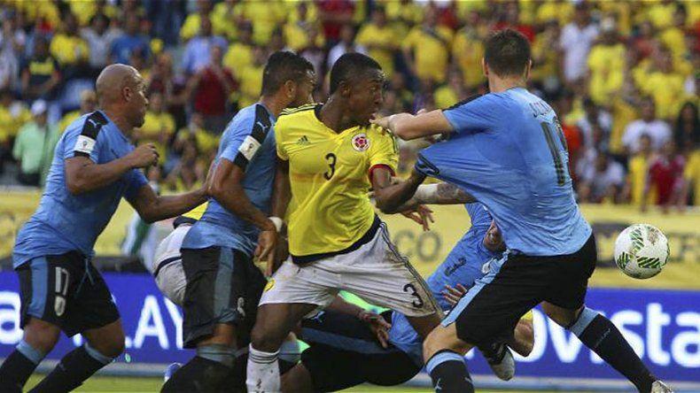 Colombia y Uruguay protagonizaron un aguerrido encuentro.