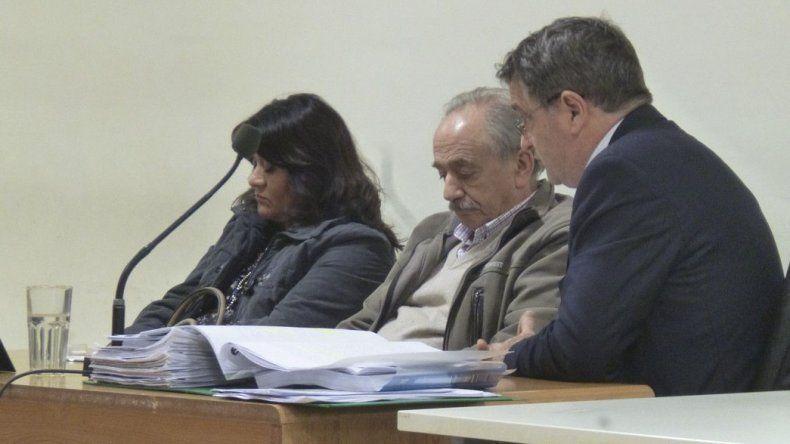 Piden penas de efectivo cumplimiento para los médicos que son juzgados por el homicidio culposo de un bebé de 35 días.