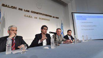 El funcionario nacional explicó los alcances de la reforma electoral que impulsa el gobierno de Mauricio Macri.