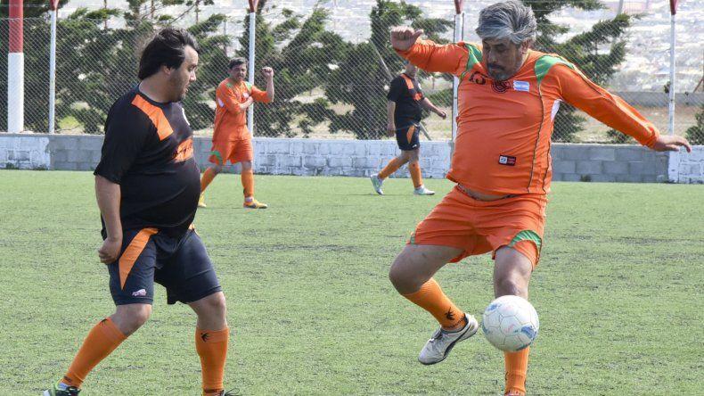 Pueyrredón derrotó 2-0 a CAPA ayer en cancha de Huracán por la decimosexta fecha del torneo de la categoría Master.