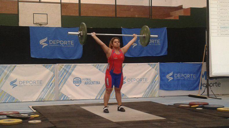 El levantamiento de pesas es una de las disciplinas que busca crecer en los Juegos Evita.