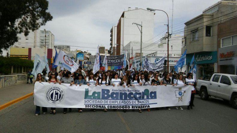 Bancarios cumplieron un paro nacional y no descartan otra huelga de 48 horas